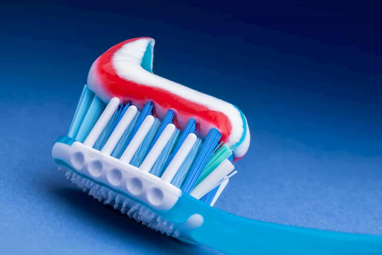 Refuser d'utiliser du dentifrice contenant du triclosan