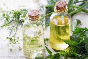 Quelles huiles végétales utiliser comme démaquillant ?